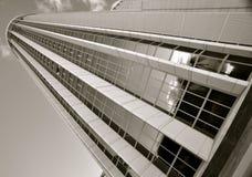 Grattacielo in bianco e nero fotografia stock libera da diritti