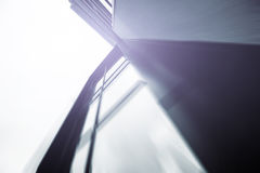Grattacielo fatto di esterno di vetro Immagini Stock Libere da Diritti