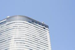 Grattacielo moderno fatto di acciaio e di vetro immagine stock libera da diritti