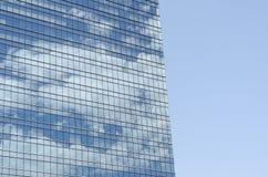 Grattacielo moderno fatto di acciaio e di vetro fotografia stock