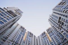 Grattacielo, rispettante il cielo Immagine Stock Libera da Diritti