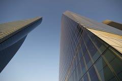 Gratte-ciel à Madrid au crépuscule Photographie stock libre de droits