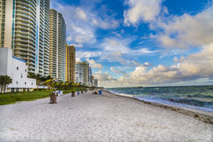 Gratte-ciel chez Sunny Isles Beach à Miami Photos libres de droits