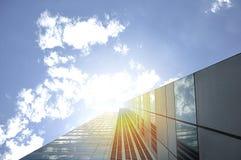 Gratte-ciel d'immeubles de bureaux Photographie stock