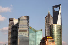 Gratte-ciel de Changhaï Lujiazui CBD Photos stock