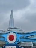 Gratte-ciel de Londres et pont de tour Images libres de droits