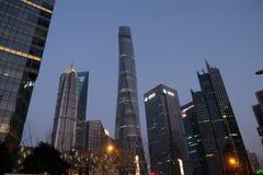 Gratte-ciel de place financière du monde de Changhaï Photo stock