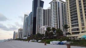 Gratte-ciel de Sunny Isles Beach North Miami banque de vidéos