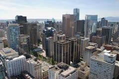 Gratte-ciel de ville Photographie stock libre de droits