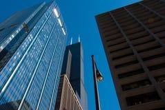 Gratte-ciel et lampe grands de Chicago photos libres de droits
