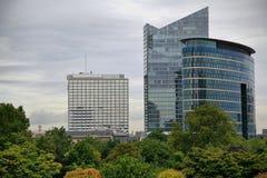 Gratte-ciel le jour nuageux à Bruxelles Photo libre de droits