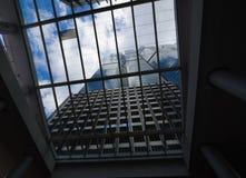 Gratte-ciel modernes communs d'affaires Image libre de droits