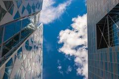 Gratte-ciel modernes communs d'affaires, gratte-ciel Photographie stock libre de droits
