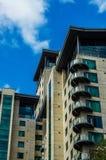 Gratte-ciel modernes d'affaires, hauts bâtiments en verre, archit moderne Photos libres de droits