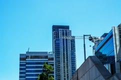 Gratte-ciel modernes d'affaires, hauts bâtiments en verre, archit moderne Photo libre de droits