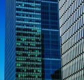 Gratte-ciel modernes d'affaires, hauts bâtiments en verre, archit moderne Photographie stock libre de droits