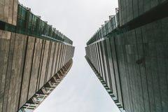 Gratte-ciel modernes District des affaires central à Milan, Italie images libres de droits