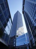 gratte-ciel modernes en verre Images libres de droits