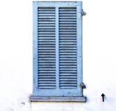 graue Fenster viladosia Paläste im konkreten Ziegelstein Stockfoto
