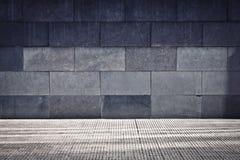 Graue Grunge Wand stockbilder