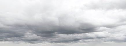 Graue Wolken Stockbild