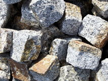 Grauer Granit, der Nahaufnahme pflastert Stockfotos