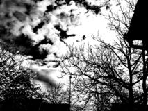 Grauer Himmel lizenzfreie stockfotos