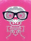 Grauer Schädel und Knochen mit rosa Hintergrund Stockbilder