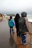 Grauer Tag an der Küste Stockbild