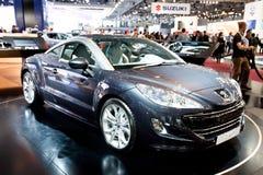 Graues Auto Peugeot RCZ Stockfotografie