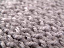 Graues woolen Garn. Hintergrund Lizenzfreie Stockfotos