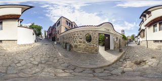 360 graus de panorama do museu etnográfico em Plovdiv, Bulg Imagens de Stock