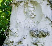 Grav av Johann Strauss i Wien, Österrike royaltyfri fotografi