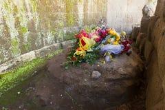 Grav för Julius Caesar ` s i Roman Forum Royaltyfria Foton
