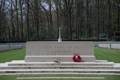 Gravar på kyrkogården i Oosterbeek för luftburna soldater Fotografering för Bildbyråer