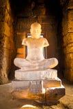 Graven beeldbrahmaan in de werelderfenis Prasat Hin Phimai, Th stock foto