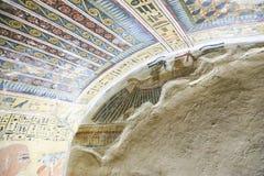 Graven van koningen in Luxor stock afbeelding