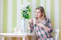 Gravid kvinna. arkivbilder