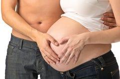 Gravid kvinna och man Arkivbilder