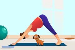 Gravid kvinna som gör yoga med hennes hundillustration royaltyfri bild