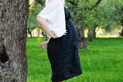 gravid wild kvinna för blomma Fotografering för Bildbyråer