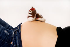 Gravidanza a nove mesi Fotografie Stock Libere da Diritti