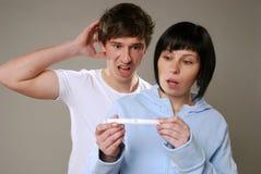 graviditetstest royaltyfri fotografi