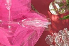Gravierte Champagnergläser Stockbild