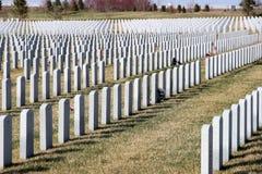 Gravstenar på Abraham Lincoln National Cemetery, Illinois Royaltyfri Foto