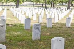 Gravstenar på Arlingtonen Royaltyfri Foto