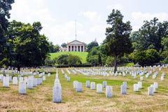 Gravstenar på Arlingtonen Royaltyfria Foton