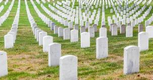 Gravstenar på den Arlington medborgaren Arkivfoto