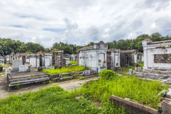 Gravstenar på den ingen Lafayette kyrkogården 1 i New Orleans Arkivfoto