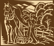 Gravure sur bois en cheval de ferme de Farming Plowing With d'agriculteur illustration de vecteur